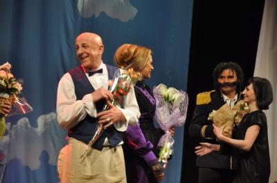 Відомим театральним акторам у Чернівцях влаштували овації (ФОТО)