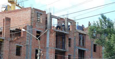 Міська рада виділила землю для будівництва багатоповерхівок у Чернівцях