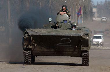 За три дні Росія загнала на Донбас три колони військової техніки