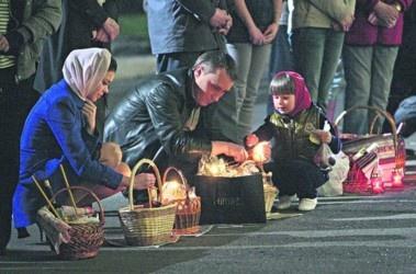 В церквах у Чернівцях паску святитимуть уже в суботу перед Великоднем