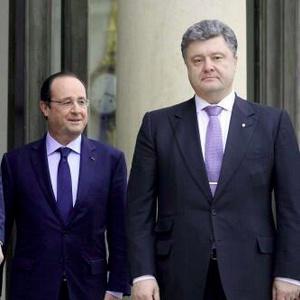 У Парижі тривають переговори Порошенко та Олланда