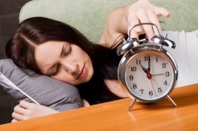 Лягайте спати не пізніше десятої вечора