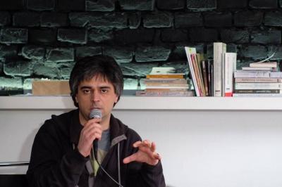 Розмови про інтелектуалів та політику: Бойченко презентував чернівчанам свою новинку (ФОТО)