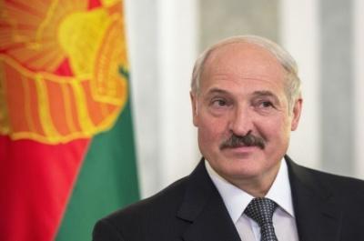 Лукашенко не поїде до Путіна на парад 9 травня