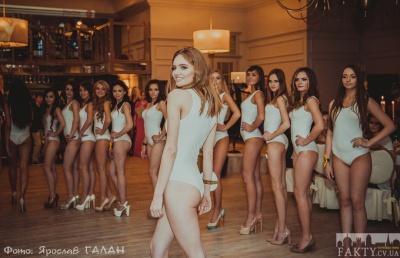 У Чернівцях визначили найгарнішу дівчину Західної України (ФОТО)