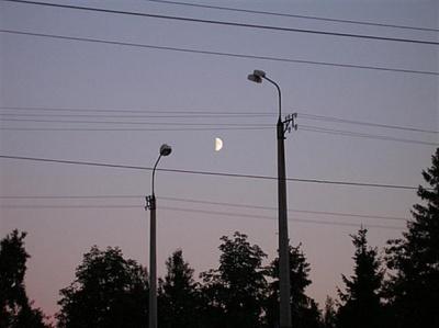 Через сильний вітер у Чернівцях обмежать вуличне освітлення
