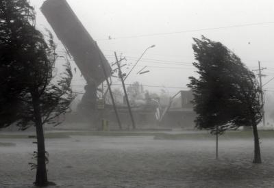 Буревій на Буковині пошкодив дахи двох будинків