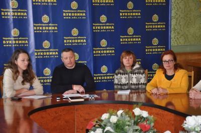 Буковинські волонтери просять міністра не переводити чернівецьких військових в інше місто
