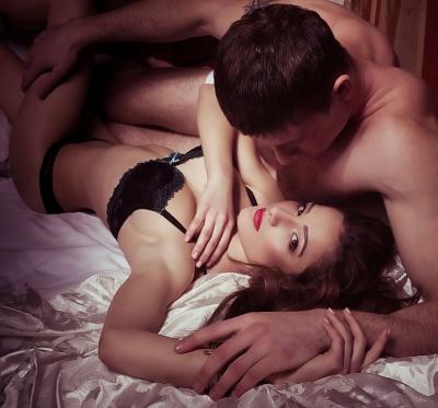 Оргазм змушує ділитися з партнером секретами