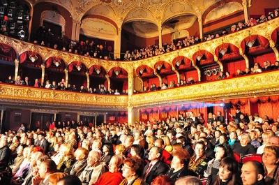 Вікна й котельню у драмтеатрі в Чернівцях замінять улітку
