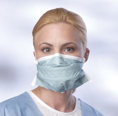 Маски з тканини не рятують від інфекції