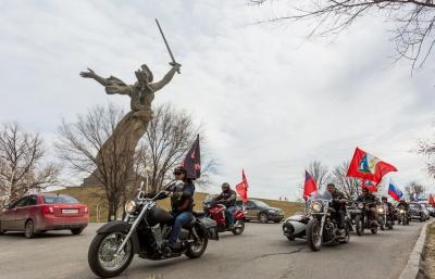 Путінські байкери розпочали мотопробіг по маршруту Москва-Берлін