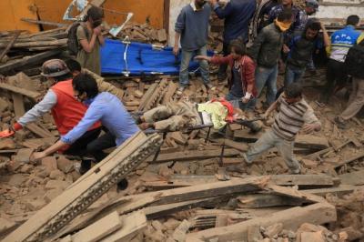 Кількість жертв землетрусу у Непалі збільшилася до п'яти тисяч