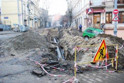 Общество будет контролировать ремонт улицы Хмельницкого, - мэр Черновцов