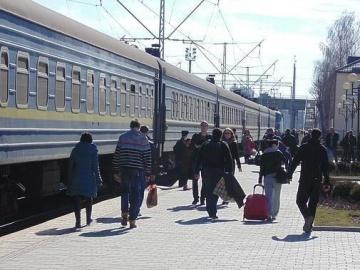 Кількість переселенців з Донбасу та Криму сягнула майже 855 тисяч осіб