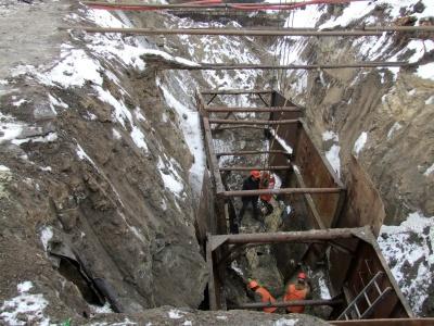 У Чернівцях прокладають ще один каналізаційний колектор