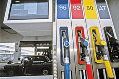 В Україні знову почав дорожчати бензин