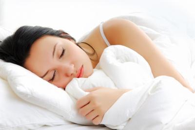 Яка поза є найкращою для сну