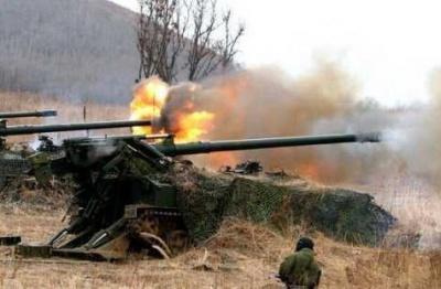 ШТАб АТО: Бойовики продовжують обстріли важким озброєнням