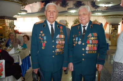 Мерія Чернівців провела святкові вогники для ветеранів (ФОТО)