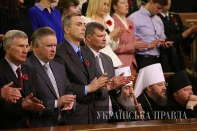 УПЦ МП пояснює поведінку митрополита Онуфрія у парламенті