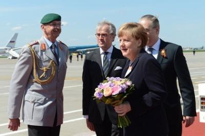 Меркель прибула в Москву