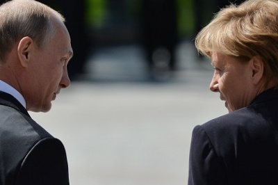 Меркель обговорила з Путіним унітарність України
