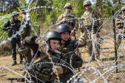 Американські інструктори: українські військові забувають каски і не ставлять зброю на запобіжник