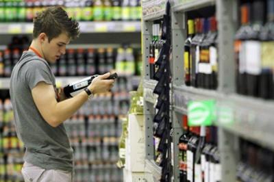 У Чернівцях продають алкоголь неповнолітнім