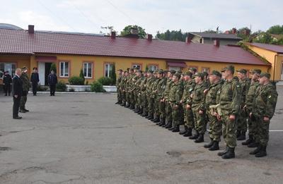 Ще одна група патрульних з Буковини вирушила в зону АТО (ФОТО)