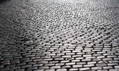 Вулицю Б. Хмельницького у Чернівцях викладуть з бруківки