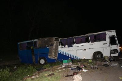 Четверо пасажирів автобусу «Чернівці - Севастополь» перебувають у важкому стані