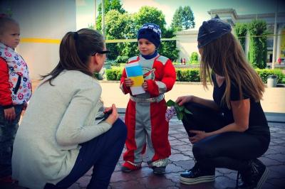 """У Чернівцях проведуть """"Місто професій"""": дітям видадуть паспорти і платитимуть зарплату"""