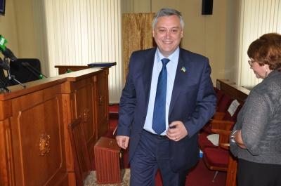 Чернівецькі обласні депутати вкотре не змогли звільнити Маніліча (ФОТО)