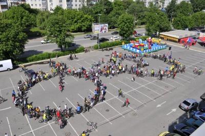 """Сьогодні у Чернівцях велосипедисти проведуть флеш-моб """"Будуємо Чернівці"""""""