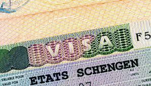 """З 23 червня для отримання """"шенгену"""" треба здавати відбитки пальців"""