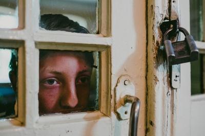 """Із чужими людьми діти спілкуються охочіше, - журналіст """"МБ"""" про життя психлікарні у Чернівцях"""