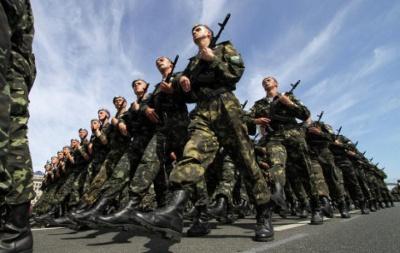 Даішники з Буковини затримали в АТО особу, яка незаконно перевозила зброю