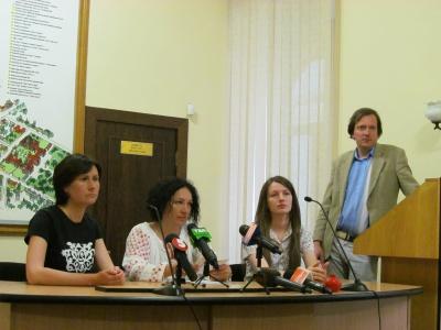 """У Чернівцях намалюють """"стежку"""", що об'єднує Крим та Україну"""