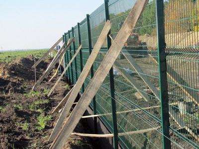 Безробітних буковинців кличуть будувати стіну на кордоні з Росією