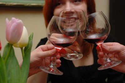 Як червоне вино впливає на розвиток раку