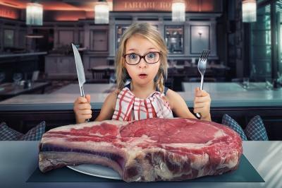 Скільки антибіотиків у м'ясі яке ми їмо