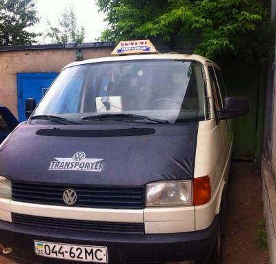 Від таксиста, в якого відібрали авто, намагалися відкупитися