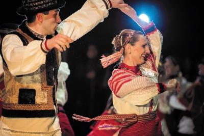 У Чернівцях з благодійним концертом виступить Угорський державний народний ансамбль