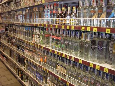 В Україні алкоголь подорожчає ще на 25-40%