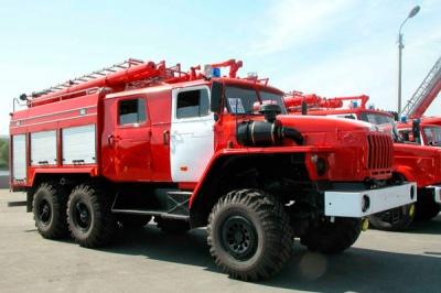 Поляки подарували буковинцям пожежний автомобіль