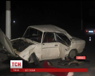 Заступник військового комісара Буковини кілька разів перекинувся у своєму авто (ВІДЕО)