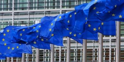 У ЄС заявили, що не кваплять Україну з особливим статусом для Донбасу