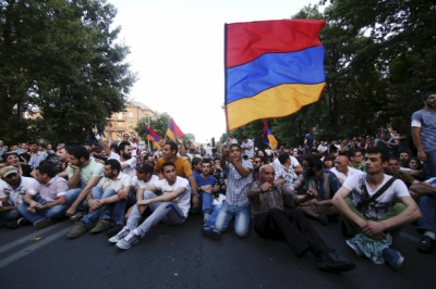 У Вірменії вимоги протестувальників влада назвала нездійсненними