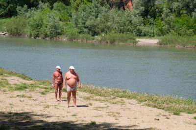 У Пруті в Чернівцях все ще не радять купатися